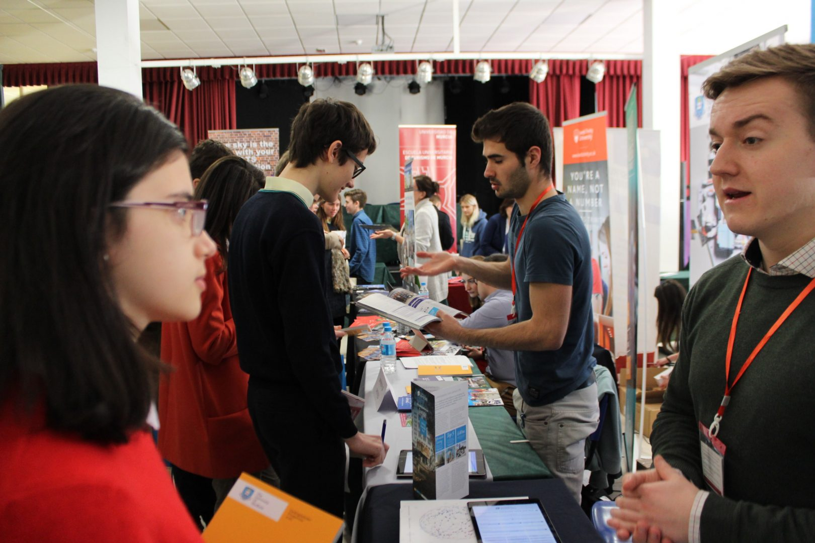 ELIS El Limonar International School Villamartin University Fair Feria Universidades (25)-min