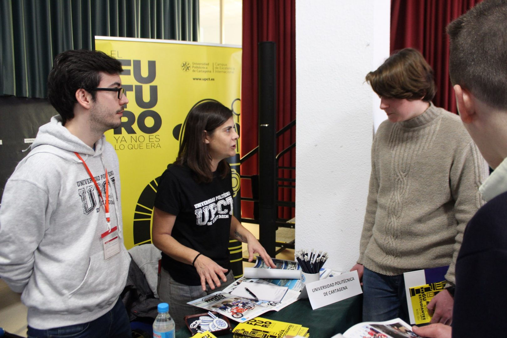 ELIS El Limonar International School Villamartin University Fair Feria Universidades (33)-min