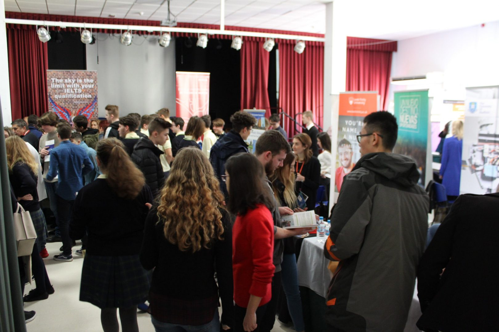 ELIS El Limonar International School Villamartin University Fair Feria Universidades (4)-min